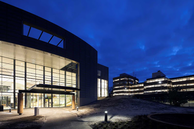 02-Conference-Center-by-ADP-Architects