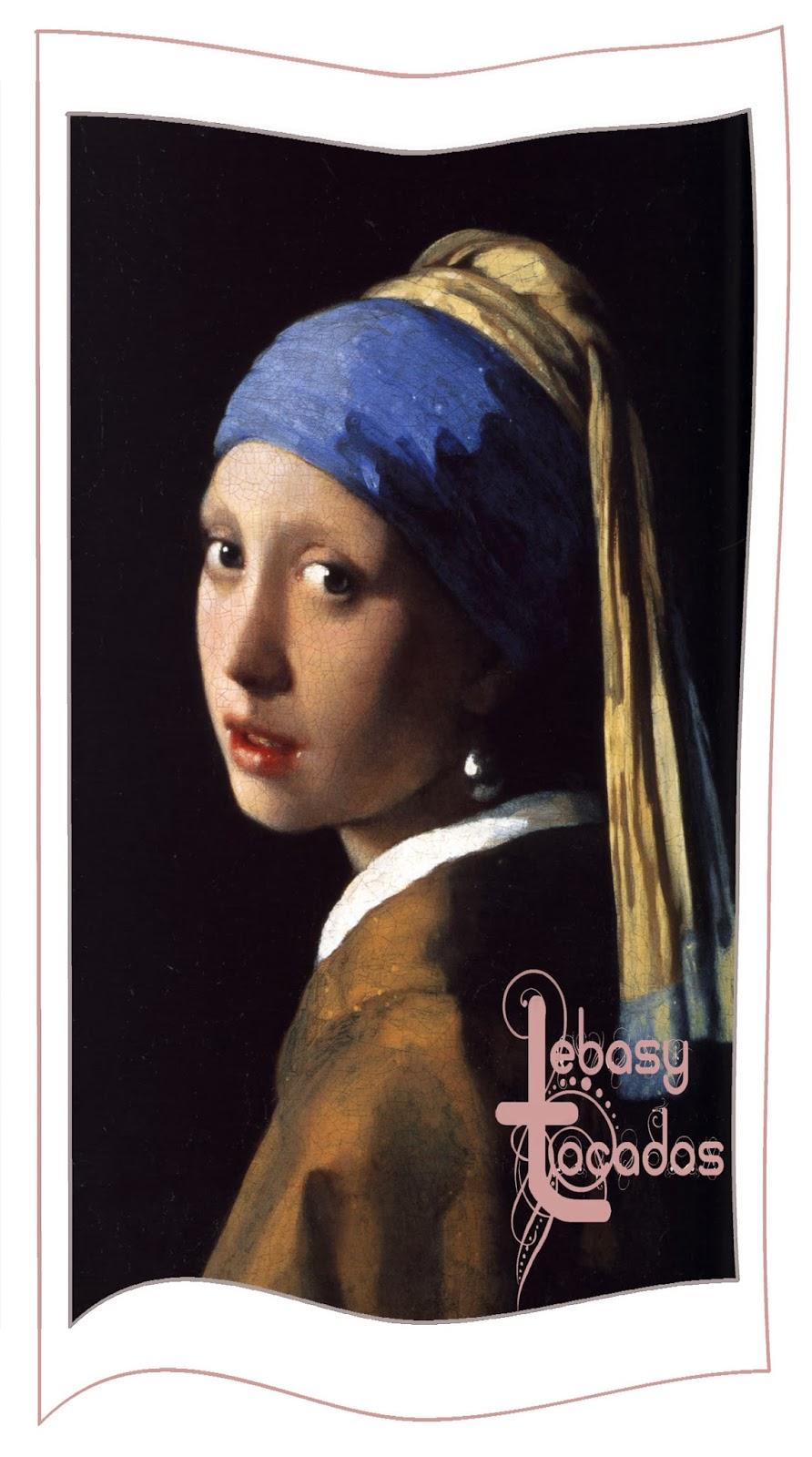 La joven de la Perla de Vermeer luce pañuelo como tocado en el cabello.