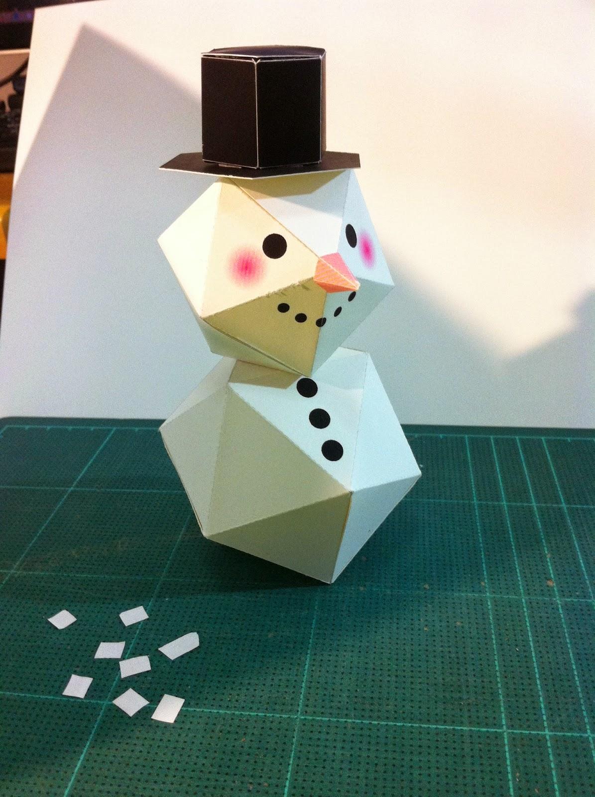 งานประดิษฐ์พับตุ๊กตาหิมะด้วยตนเองง่ายๆ