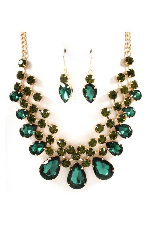 Necklace Set in Emerald Crystal