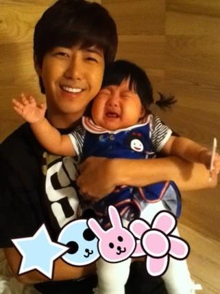 Simple Blog Kwanghee Membuat Bayi Menangis