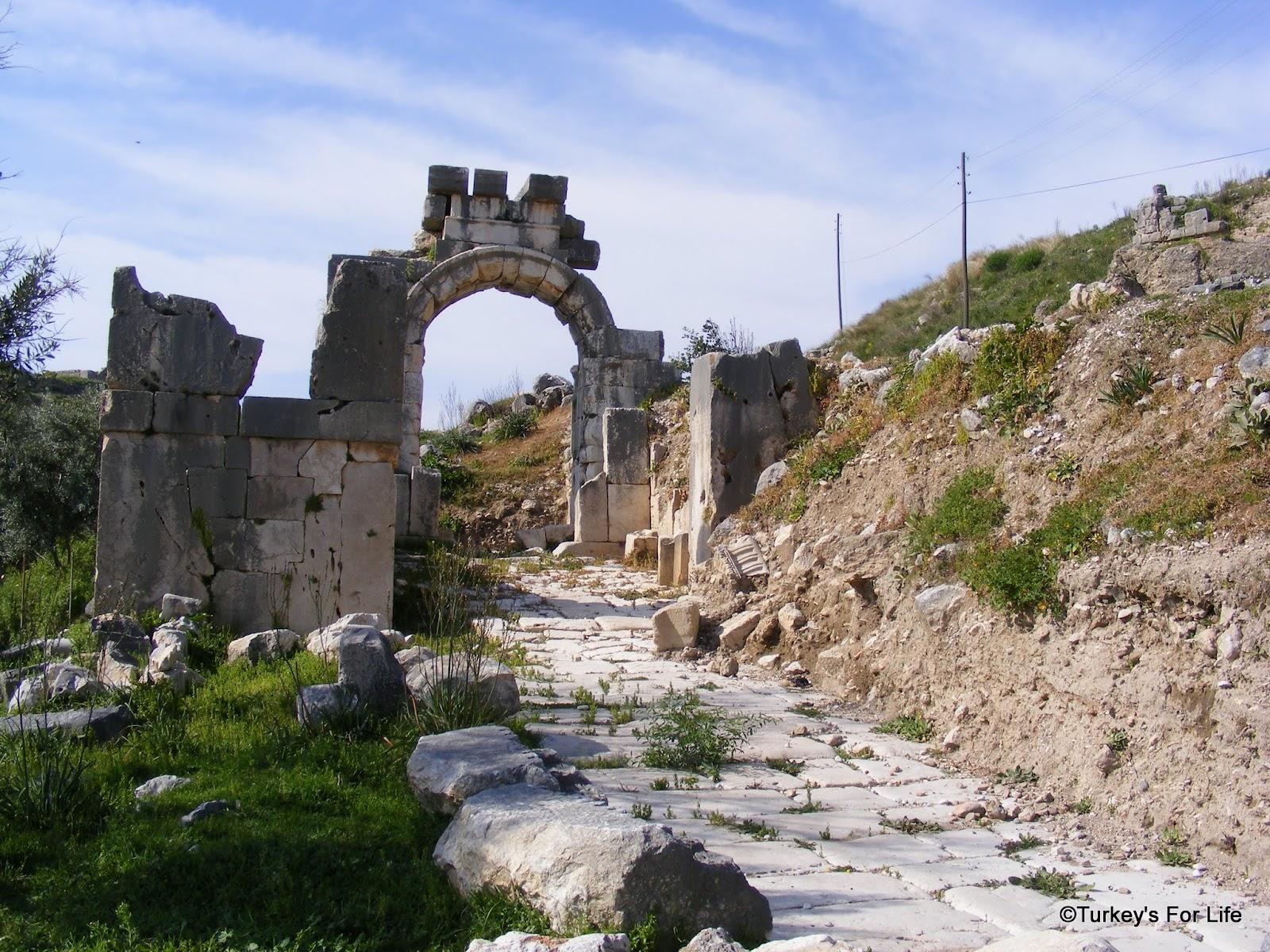 Trekking Near Fethiye - The Letoon To Xanthos Walk