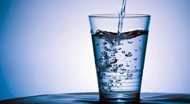 Mamfaat Minum Air Putih