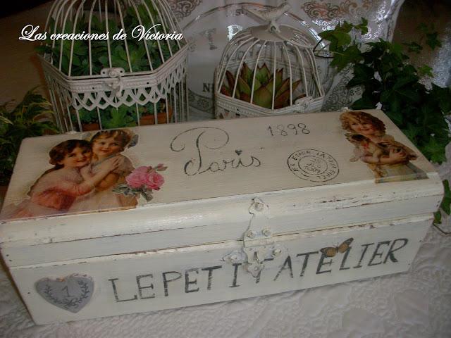 Las creaciones de Victoria. Vintage. Decoupage. Caja de vino reciclada.