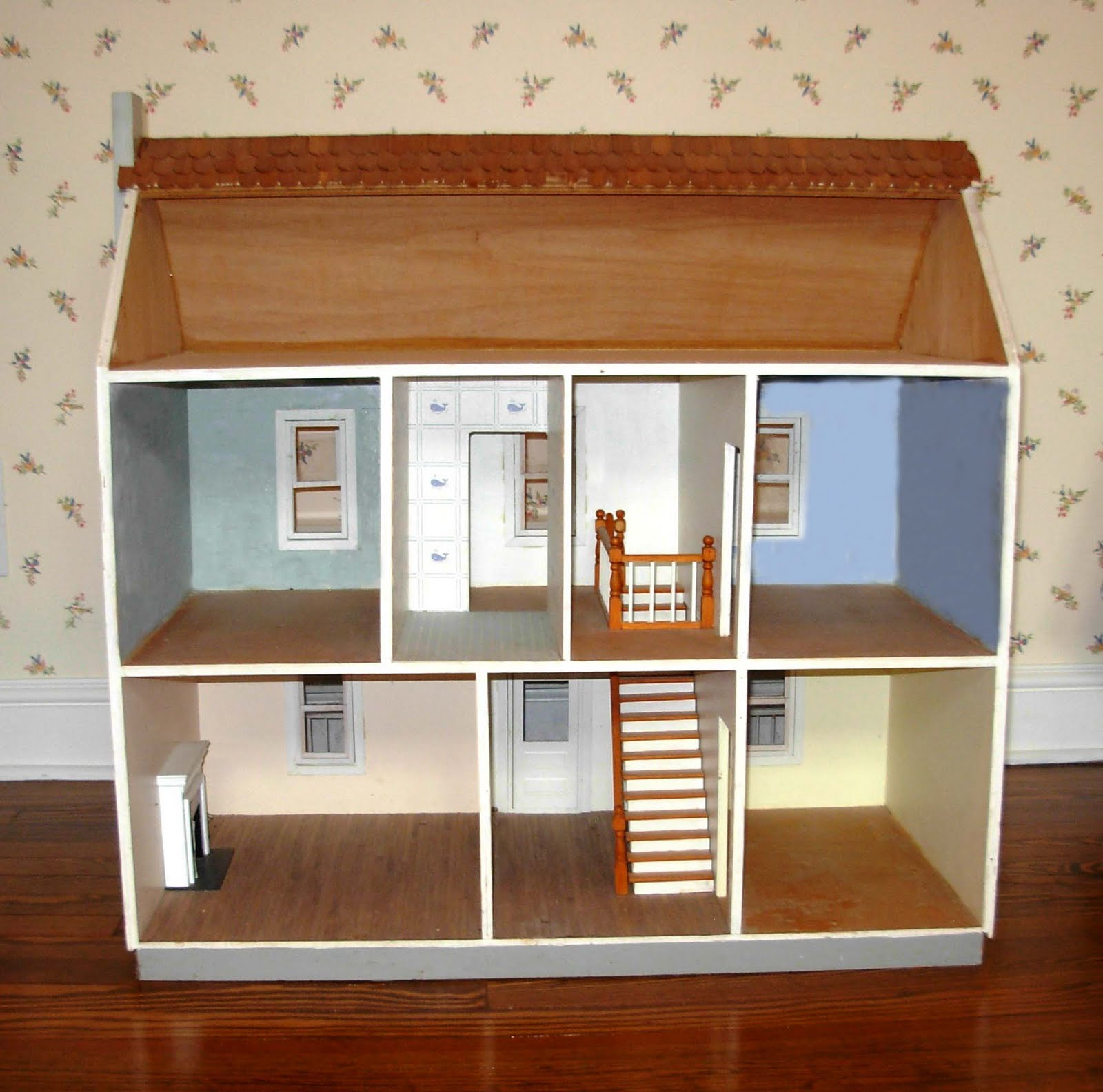 Line Art Dollhouse : Art for small hands drawing inside a dwelling