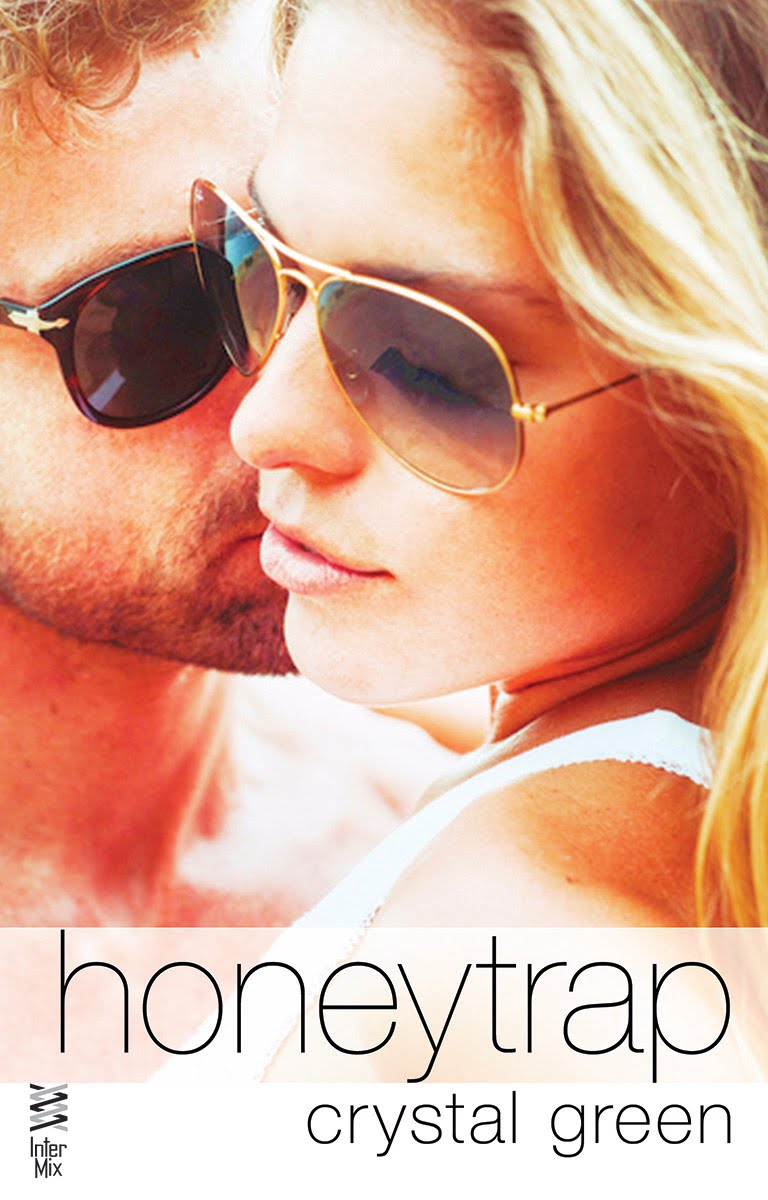 Honeytrap (An Aidan Falls New Adult Romance, book 1)