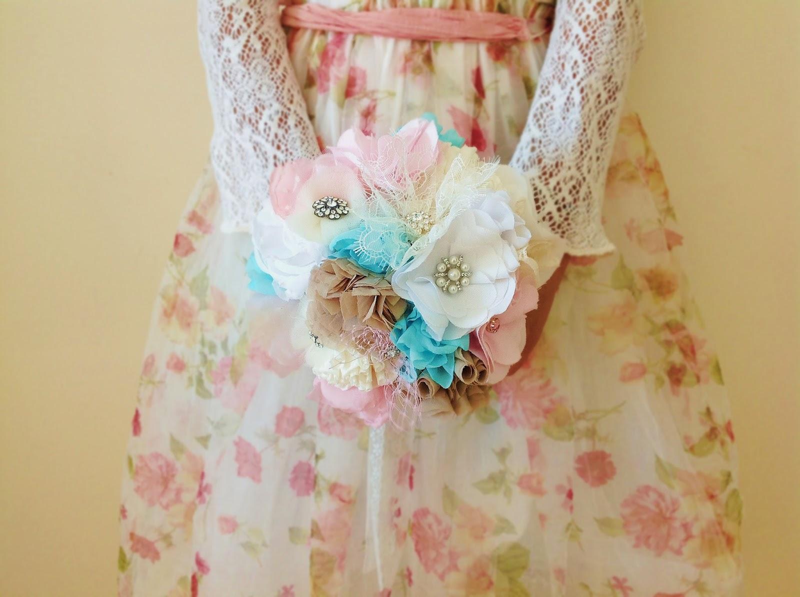 bouquet em tecido em tons pastel