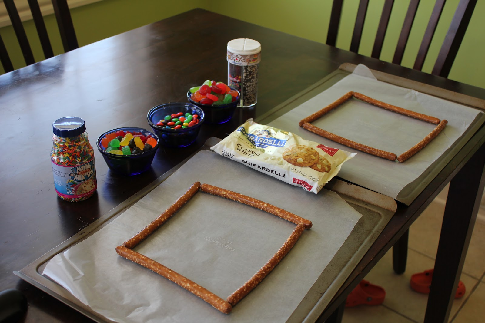 Play at home mom llc edible art frames every year at christmas we make candy cane bark she asked me if we could make it of course the answer was yes we just went a different route jeuxipadfo Image collections
