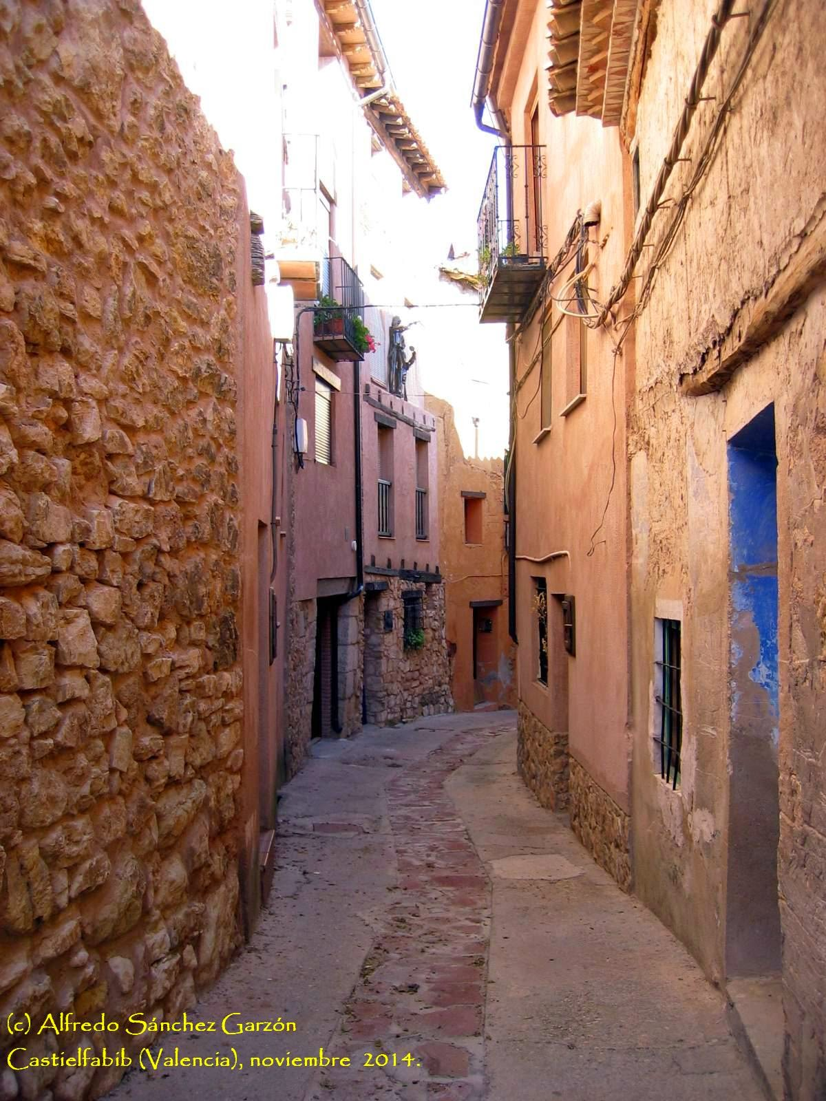 castielfabib-calle-calvario-valencia