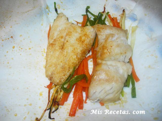 Mis recetas com merluza en papillote al microondas - Cocinar pescado en microondas ...