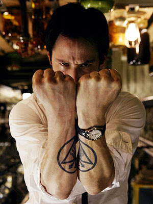 keanu reeves as john constantine the illuminati pyramid