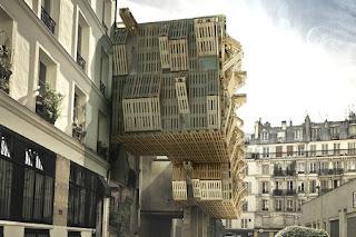 Fachada de Edificio con Palets Reciclados