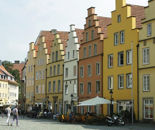 A hidden gem in Germany: Osnabrück | Happy in Red