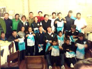 seleccion URUGUAYA AL SUDAMERICANO Y PANAMERICANO REMO. CURAUMA. CHILE.  OCTUBRE 2012