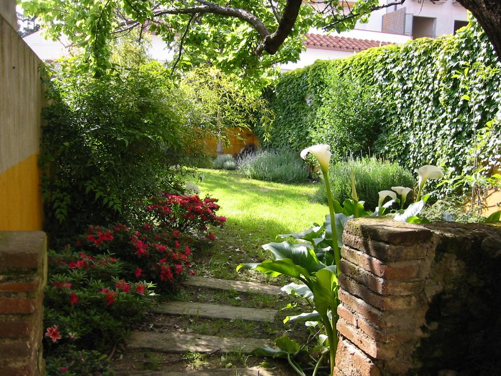 Diseo de jardines pequeos rusticos stunning el encanto de - Jardines rusticos pequenos ...