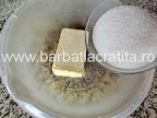 Fursecuri cu lamaie si glazura preparare reteta
