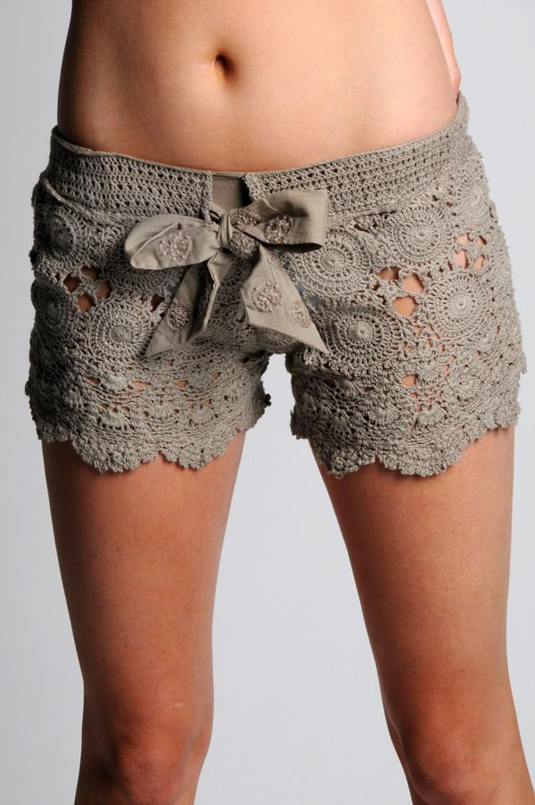 Free Crochet Pattern For Lace Shorts : Mostly Crochet: Those amazing crochet shorts! Free charts ...