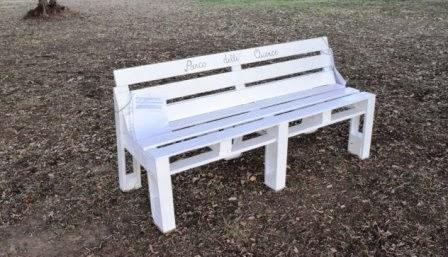 Parco delle querce la panchina for Panchine con bancali