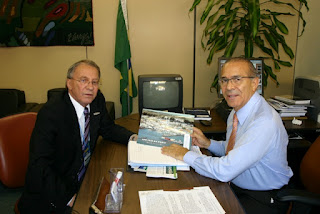 Prefeito J. Vicente Ferrari e Eliseu Padilha PMDB