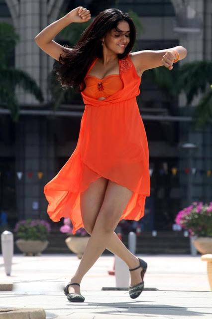 Sunaina Latest Gorgeous Stills