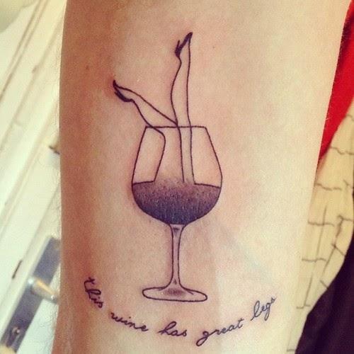 wine blog roll il blog del vino italiano vino tatuaggi. Black Bedroom Furniture Sets. Home Design Ideas