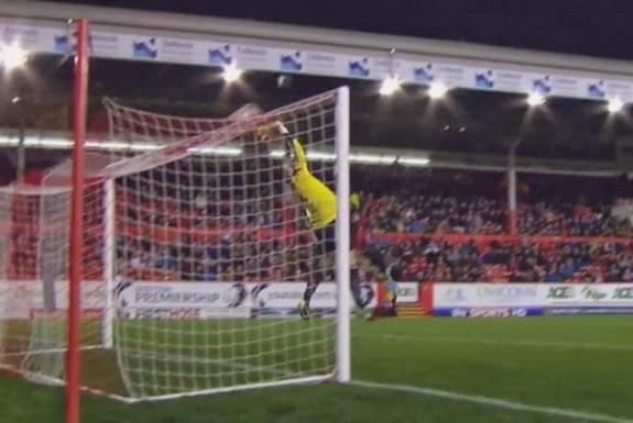 Aberdeen goalkeeper Jamie Langfield fails to save a shot from Partick Thistle's Kallum Higginbotham
