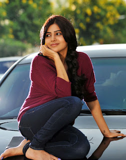 Actress samantha cute stills from svsc