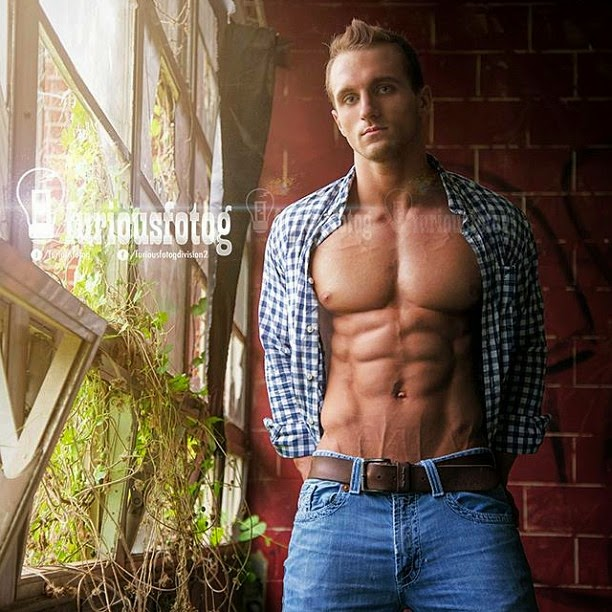 Jared Thompson - Aesthetic Physique Competitor - Part 1
