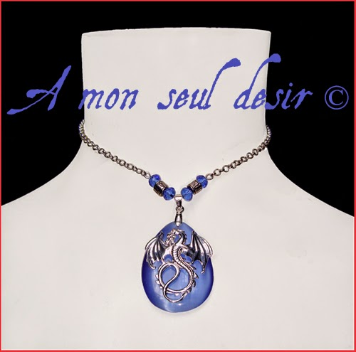 collier dragon bleu médiéval renaissance fantasy