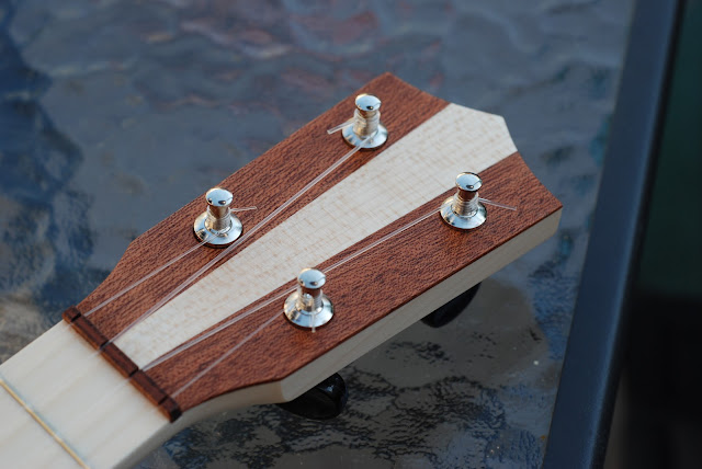 bruko model 6 ukulele headstock