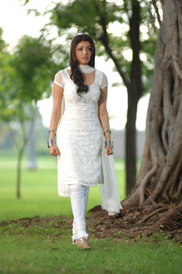 kajal agarwal in white salwar photo gallery