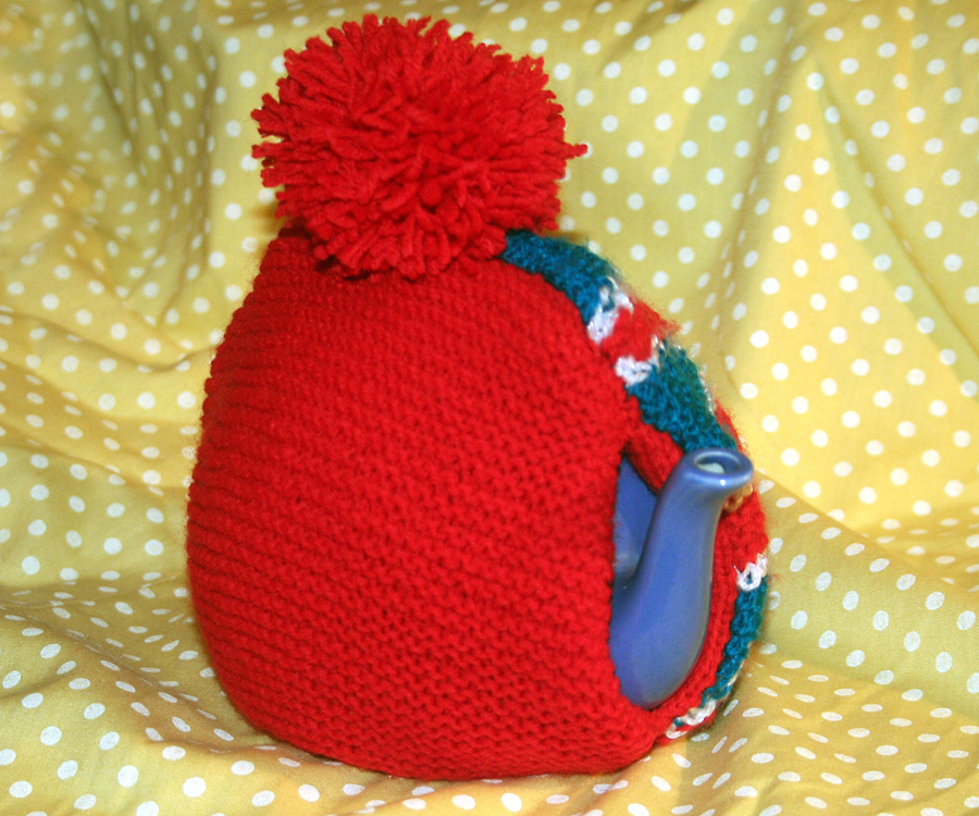 Knitting Pattern For Union Jack Tea Cosy : The Butterfly Balcony: Things To Make and Do - Union Jack Tea Cosy