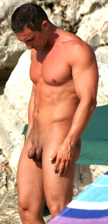 Nude Beach Spy Cam