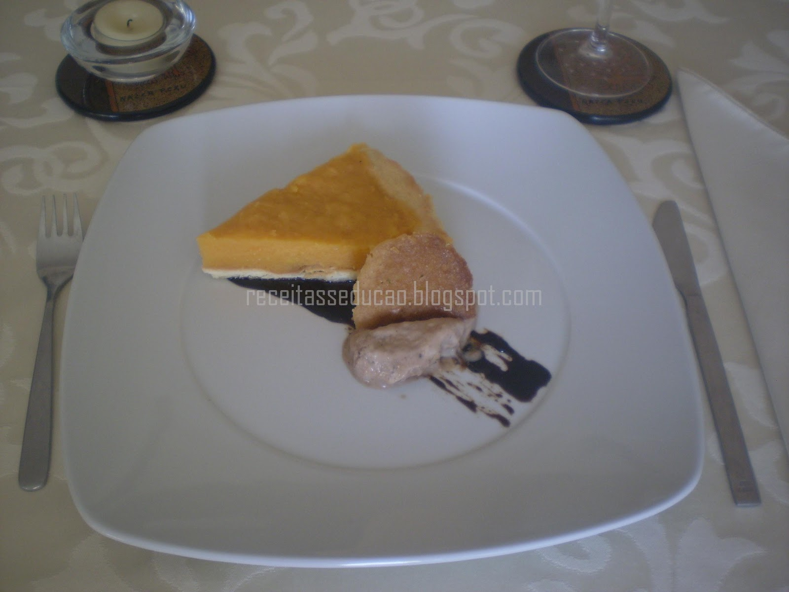 Tarte de Abóbora e Gelado de Chocolate com Redução de Vinho do Porto