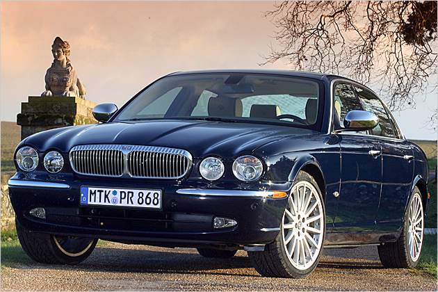 daimler chrysler porter five forces model Bmw five forces the global car market started decline in 2003, led by market falls in north america and western europe other regions of the world led by east asia.