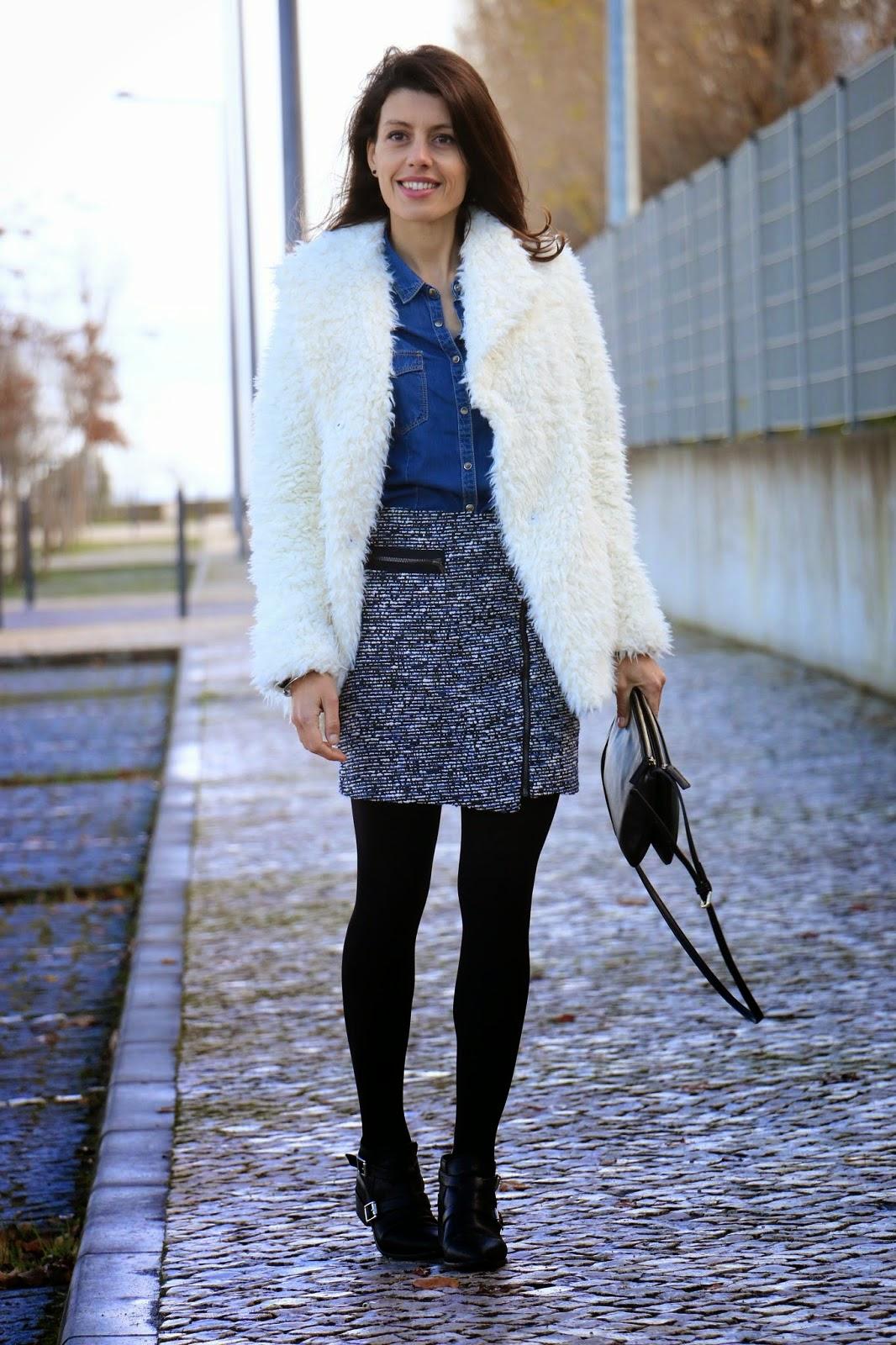 http://ilovefitametrica.blogspot.pt/2015/01/fluffy-coat.html