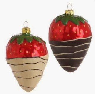 Chocolate-Dipped Strawberry Tree Ornaments