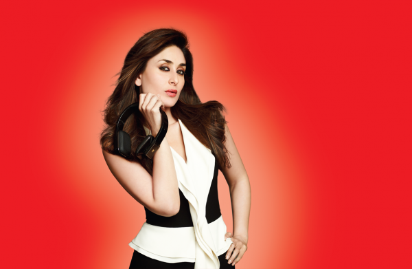BollywoodGo.NET+Kareena+Kapoor%2527s+new+photoshoot+for+iBall+Phone+%25282%2529