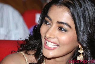 pooja,mukunda,oka laila kosam, hegde, poooja hegde, tollywood actress,romatic actress,sexy, hot, sexy bikini south actress, south heroines,sexy heroines,