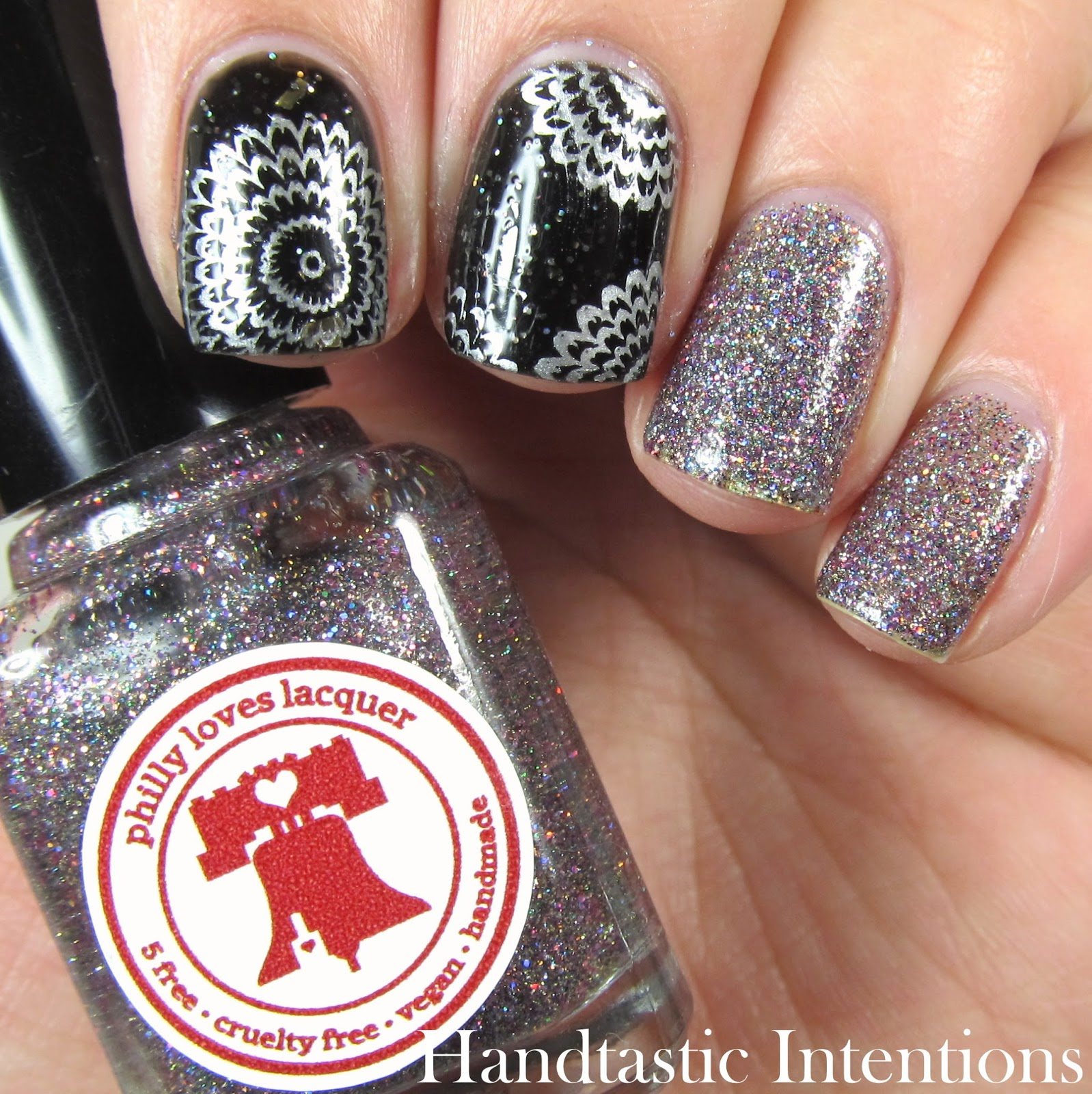 Handtastic Intentions: New Years Eve Nail Art
