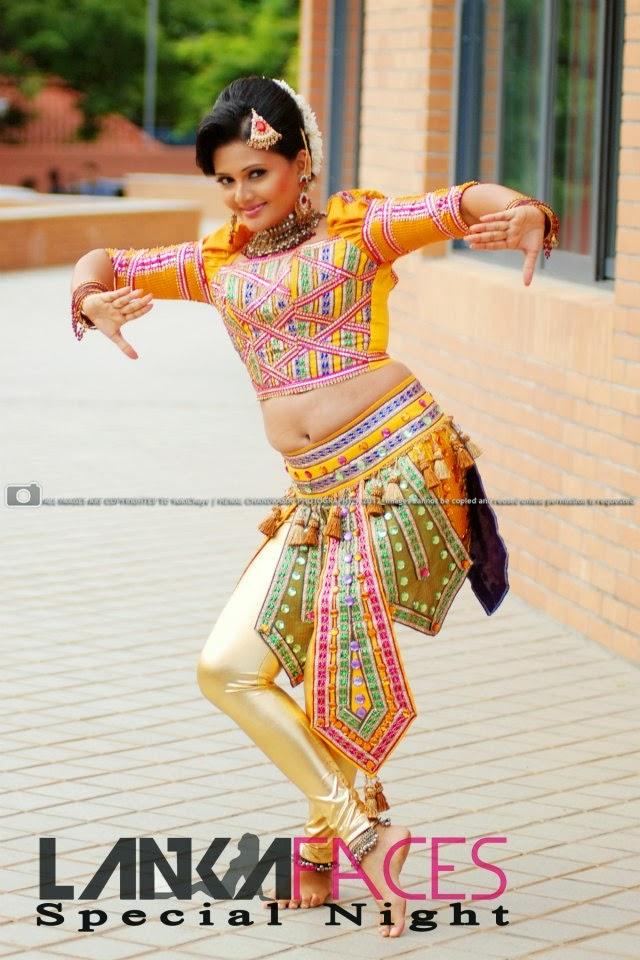 Ameesha Kavindi yellow navel