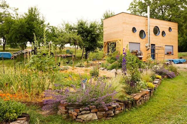 mobilný,drevo,dom,prirodne materialy, ekologia,permakultura