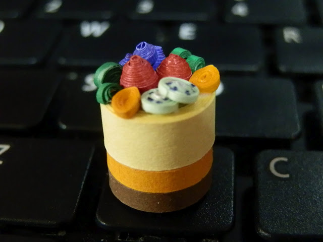 Miniature Quilled Cake