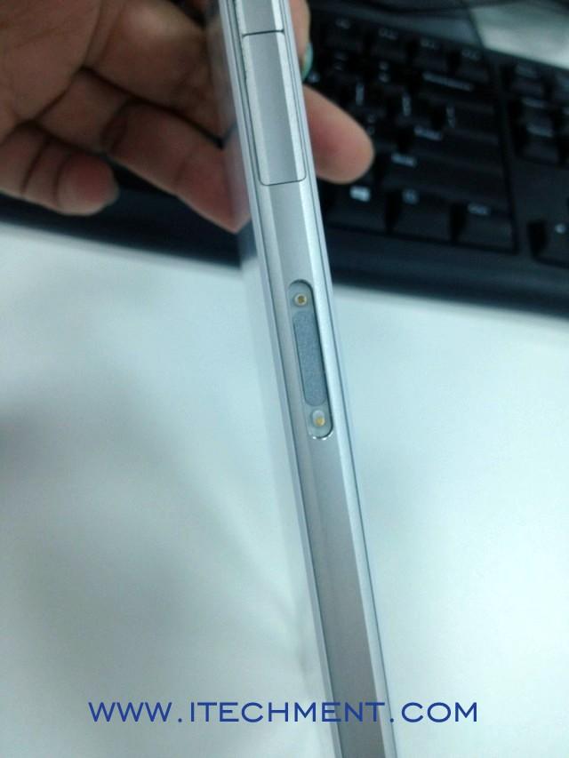 Sony Xperia Honami side view