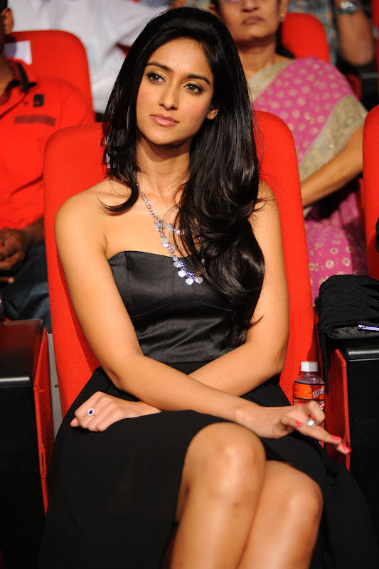 Ileana looking Hot Pictures At The Audio Launch Of Snehithudu Along With Others wallpapers