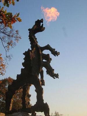 Estatua del Dragon en Cracovia