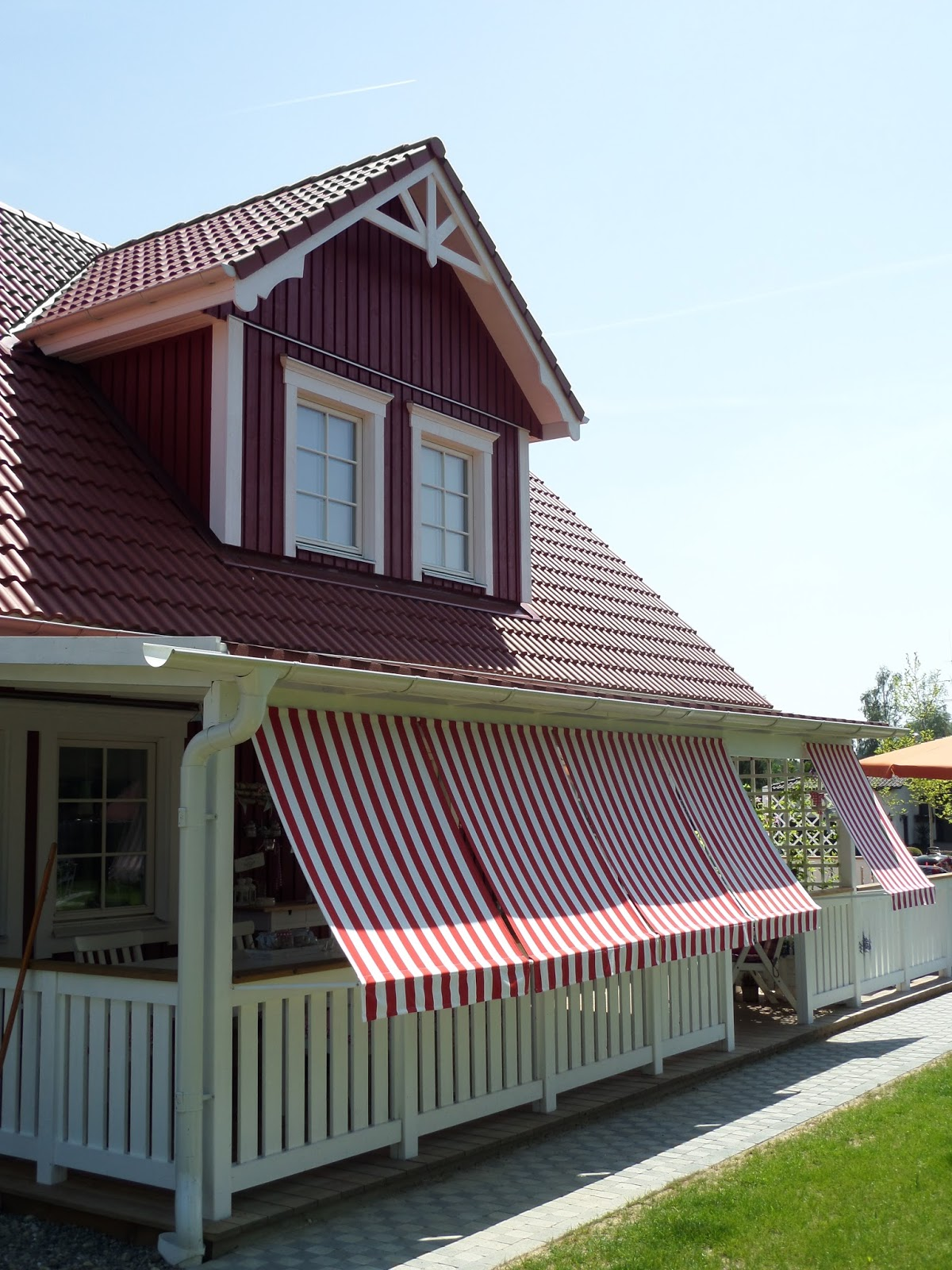 Kleine Lotta Unser Schwedenhaus Markisen für Pergola