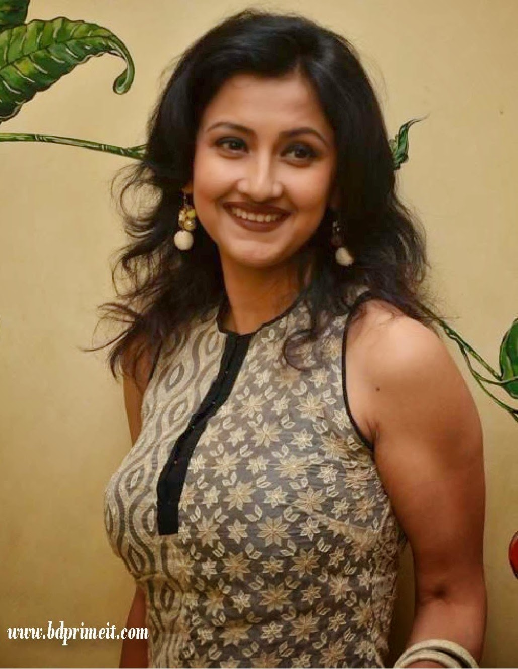 Rachana Banerjee Hd Pictures And Full Biography