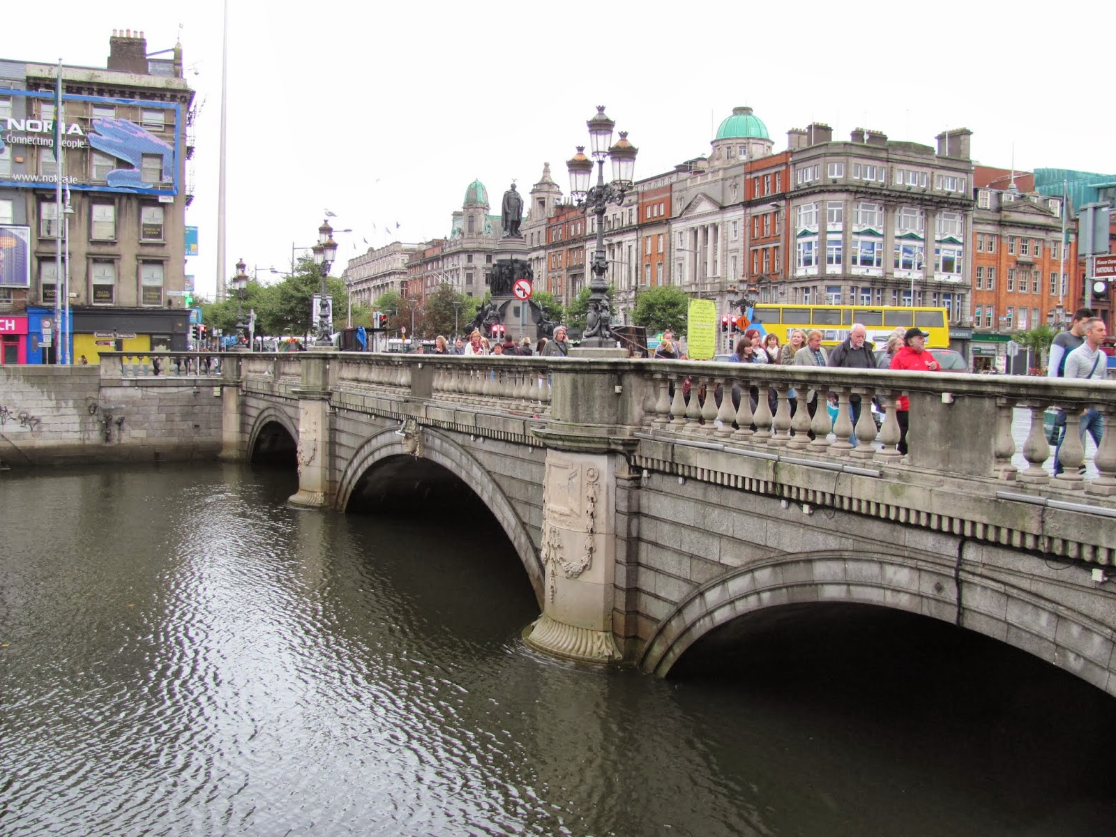 O'Connell Bridge on the River Liffey in Dublin