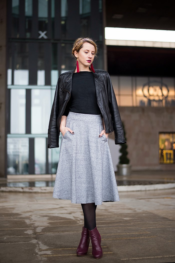 Skinny Buddha milkmaid braids H&M gray midi skirt Pull&Bear leather jacket
